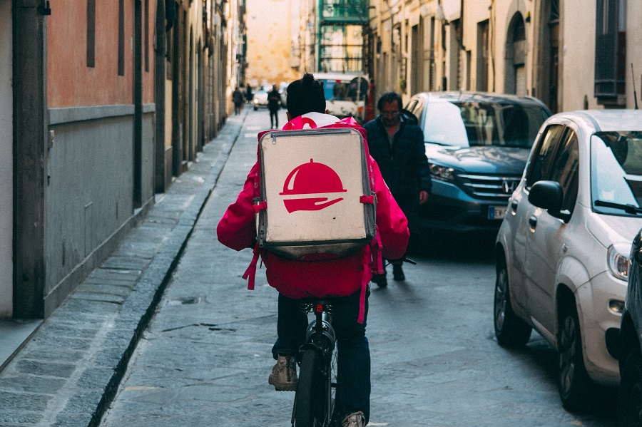 What You Should Know Before Launching Food Delivery